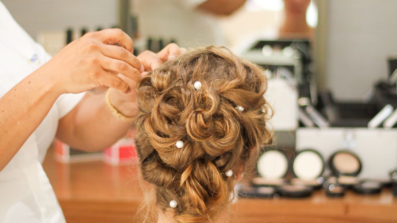 hairstyles for long hair|Different Pony tails